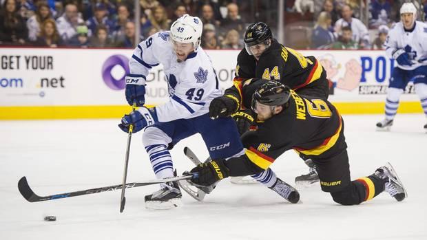 Leafs-canucks-0213
