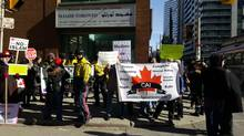 A national Islamic group is raising concern after a small anti-Muslim protest was held in front of a Toronto mosque on Feb. 17, 2017. (@SafiahC/Twitter)