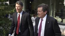 Vancouver Mayor Gregor Robertson and Toronto Mayor John Tory (Frank Gunn/THE CANADIAN PRESS)