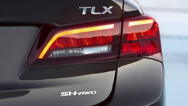 2015 Acura TLX (Honda)