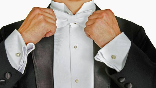 How many studs should i wear with a formal shirt the for Stud sets tuxedo shirts