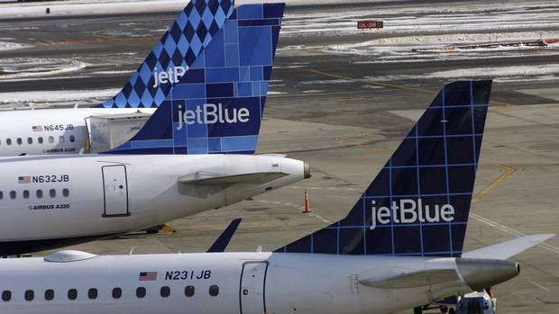 people thrown like little rag dolls in jetblue turbulence the globe and mail. Black Bedroom Furniture Sets. Home Design Ideas