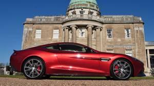 <p>2014 Aston Martin Vanquish</p>