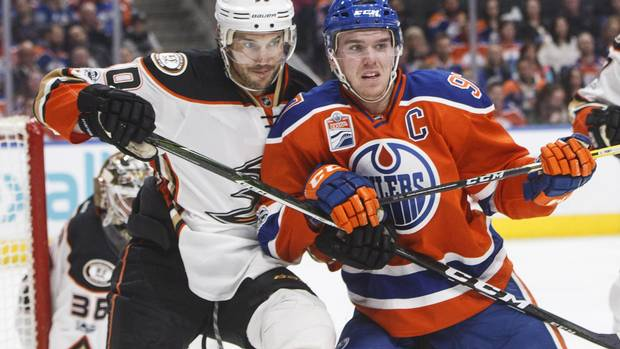 Draisaitl, McDavid Lead Way As Oilers Move Into First In Pacific Division