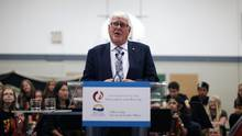 Provincial Health Officer Dr. Perry Kendall, answers questions from media at Lansdowne Middle School in Victoria, B.C., on June 18, 2015. (CHAD HIPOLITO For The Globe and Mail)