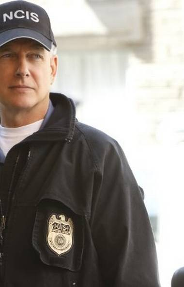 DRAMA NCIS CBS, Global, 8 p.m. ET/PT Strange but true: The return of this no-frills action series – for a tenth season! – is the highlight of the new fall season for many viewers. Although NCIS is off the radar of most TV reviewers, the show ranks among the most-watched shows on U.S. television and regularly pulls in a Canadian audience of roughly two-million viewers weekly. The season-opener picks up where last spring's cliffhanger finale left off–with the NCIS headquarters torn apart by a bomb attack by CEO-turned-terrorist Harper Dearing (Richard Schiff). The search for the bomber requires co-operation with the FBI, but are the agents handling the case telling the truth? Veteran Canadian actor Matt Craven resumes his guest role of Secretary of the Navy Clayton Jarvis. COMEDY
