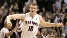 Former Toronto Raptors forward Matt Bonner has retired from the NBA after 12 seasons. (MIKE CASSESE/REUTERS)