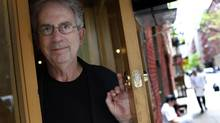 Author Peter Carey hopes that a book he writes is 'a rather well-shaped, mysterious work of art.' (© Mike Segar / Reuters/REUTERS)