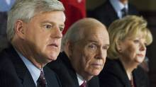 John Manley, left, chairman of the independent panel on Canada's future role in Afghanistan, along with members of the panel, Derek Burney, and Pamela Wallin,(left to right) hold a news conference in Ottawa on Jan. 22, 2008. (FRED CHARTRAND/The Canadian Press)