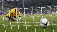 Ireland's goalkeeper Shay Given reacts after Croatia scored their third goal during their Group C Euro 2012 soccer match at the City stadium in Poznan, June 10, 2012. (Sergio Perez/REUTERS)