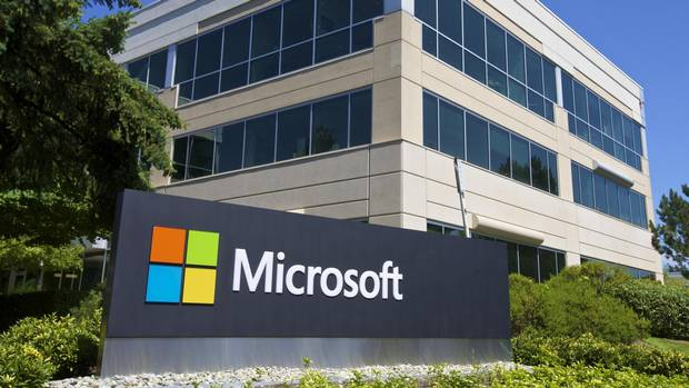 Cloud computing is the silver lining in Microsoft, Amazon's mixed earnings