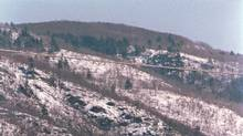 The rolling Gatineau hills are seen over-looking highway 148 just west of Ottawa in Shawville, Que. in this 1995 file photo. (Andrew Wallace for The Globe and Mail)