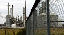 View of the Nova Chemical plant in Sarnia (Louie Palu/Louie Palu/The Globe and Mail)