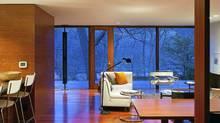 Ellis Park House, Toronto. Home of Georg and Petra Simmel. Design by architect Ian MacDonald. (Tom Arban/Tom Arban)