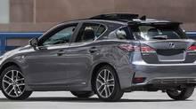 2015 Lexus CT 200h hybrid (Lexus)