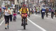 Every Sunday morning, more than 120 kilometres of Bogota's highways, byways and thoroughfares are shut off to traffic and opened to the people. (Institute of Sport and Bogota Recreation/Institute of Sport and Bogota Recreation)