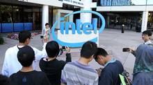 Intel revenue tops expectations (Justin Sullivan/Getty Images)