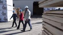 B.C. Liberal Leader Christy Clark tours NMV Lumber in Merritt, B.C., Tuesday, May 2, 2017. (JONATHAN HAYWARD/THE CANADIAN PRESS)