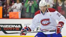 Montreal Canadiens left wing Thomas Vanek warms up before playing against the Phoenix Coyotes at Jobing.com Arena. (USA TODAY Sports)