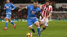 Bournemouth's Jack Wilshere in action with Stoke City's Joe Allen on Nov. 19, 2016. (Andrew Boyers/Reuters)