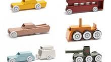 Arche toys by DAE grad Floris Hovers are model cars (and trucks, cranes, ambulances, taxis and tanks) handmade using basic industrially produced metal parts and then painted.