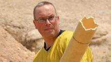 Teras Cassidy of Geek Nation Tours re-enacts an episode of the original Star Trek TV series in the place where it was filmed, Vasquez Rocks in California. In the episode, Captain Kirk fought a lizard-like alien called a Gorn and defeated him by fashioning a cannon out of items found in the area.