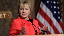 Hillary Clinton speaks at the Georgetown Institute for Women, Peace and Security on March 31, 2017. (KEVIN LAMARQUE/REUTERS)