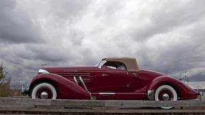 <p> COBBLE BEACH -- The Auburn 851 S/C Boattail Speedster owned by Vernon Smith shown at the field entry at the 2015 Cobble Beach Concours D'Elegance hosted at Cobble Beach Golf Course on Sunday 13, 2015. The car also won the Bruce Grey Simcoe Award and the Auburn, Cord, Duisenberg class. Sept 13, 2015. </p>
