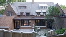 Susan and Bart, who had a traditional kitchen before, did a stylistic 180 with their modern Montreal renovation. (Michel Brunelle/Michel Brunelle)