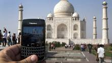 A BlackBerry is used to take a photo of the Taj Mahal Thursday, October 14, 2010 in Agra, India. (Ryan Remiorz/THE CANADIAN PRESS/Ryan Remiorz/THE CANADIAN PRESS)