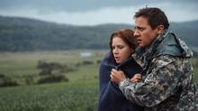 Jeremy Renner as Ian Donnelly and Amy Adams as Louise Banks in Arrival. (Photo credit: Jan Thijs/Photo credit: Jan Thijs)