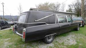 Dying to fit in? There are car clubs that pay homage to hearses.