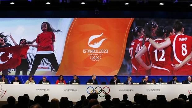 Jacques Rogge (C), president of the International Olympic Committee (IOC), and other members listen to the presentation by the Istanbul 2020 committee as a candidate to host the 2020 Summer Olympic Games, in Buenos Aires September 7, 2013. (MARCOS BRINDICCI/REUTERS)