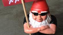 Political campaigning is getting dirty in Austria after 400 party gnomes went missing (@mabogsi/Twitter)