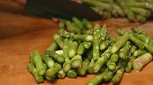 High in prebiotic carbohydrates called fructans, asparagus delivers plenty of potassium, vitamin A, vitamin K and anti-inflammatory phytochemicals. (LARRY CROWE/Associated Press)