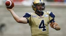Winnipeg Blue Bombers quarterback Buck Pierce will be sidelined for a week due to a foot injury suffered in Friday's loss to Edmonton. (OLIVIER JEAN/REUTERS)