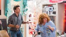 Jason Bateman, left, and Melissa McCarthy in a scene from Identity Thief. (AP)