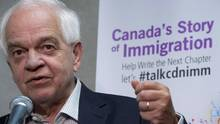 Immigration Minister John McCallum addresses a news conference in Vancouver, Aug. 17, 2016. (JONATHAN HAYWARD/THE CANADIAN PRESS)
