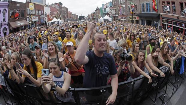 Parties Merge To Create A Hockey-tonk Bash In Nashville