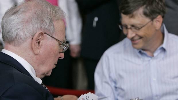 Buffett Gates Challenge Fellow Billionaires The Globe