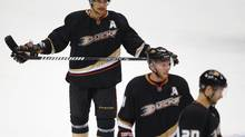 Anaheim Ducks right wing Teemu Selanne skates off the ice following the team's Game 7 loss to the Detroit Red Wings in their NHL Western Conference quarter-final hockey playoff in Anaheim. (MIKE BLAKE/REUTERS)
