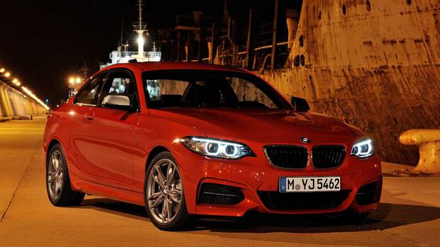 The M235i Coupe will accelerate to 100km/h in 5 seconds (automatic, 4.8 seconds), with a top speed of 250 km/h. (BMW)