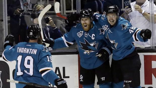 Sja104_blues_sharks_hockey