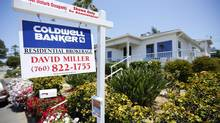 A single family home is shown for sale in Encinitas, California in this May 22, 2013 file photo. (MIKE BLAKE/REUTERS)