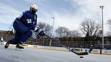 Toronto Maple Leafs forward Kris Versteeg skates during an outdoor practice in Toronto. (MIKE CASSESE/Reuters)