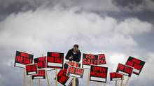 A cooling market: February statistics showed a 15.8-per-cent drop in the number of homes changing hands from a year ago. (John Lehmann/The Globe and Mail)