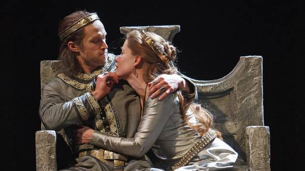 macbeth theatrical review There's a lot to like about macbeth: the wonderful design and performances make for an entertaining evening if only the whole priestess/scapegoat aspect had been.