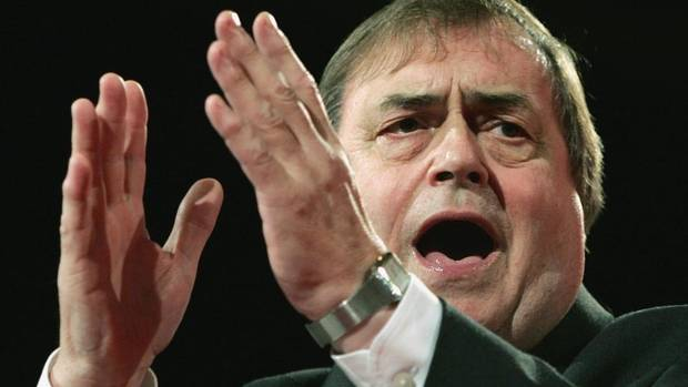 This Sunday Sept. 25, 2005 file photo shows Britain's Deputy Prime Minister John Prescott makes a speech at the Labour Party Conference, Brighton, England. (KIRSTY WIGGLESWORTH/AP)