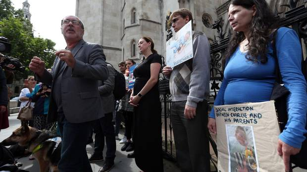Protesters rally for baby Charlie Gard as hospital reports threats - The Globe and Mail