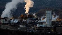 Teck Mining Company's zinc and lead smelting and refining complex is pictured in Trail, B.C., on Nov. 26, 2012. (DARRYL DYCK/The Canadian Press)
